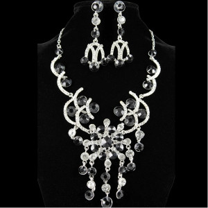 Necklace & Earrings Set with Jet Stone