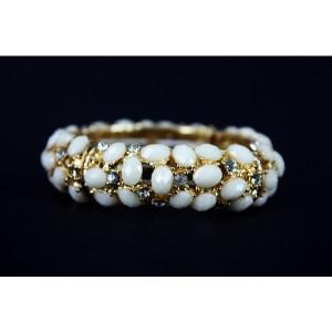 Ivory & Gold Stretchy Bracelet
